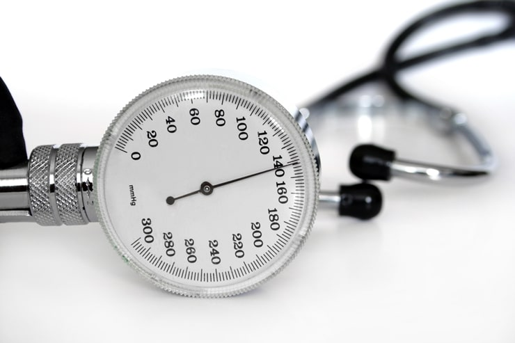 stethoscope to measure blood pressure